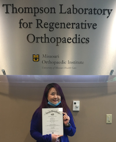Naomi Lee earned the 2020 TLRO Excellence in Research Award in the graduate student category.